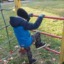 Iš paralyžiaus gniaužtų išvaduotas Dominykas stebina gebėjimais – jau pildo berniukišką svajonę
