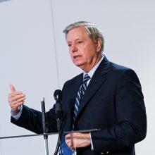 L. Grahamas aiškinsis, kaip buvo vykdomas tyrimas dėl Rusijos kišimosi į rinkimus