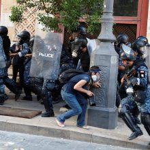 Beirute vėl susirėmė protestuotojai ir saugumo pajėgos