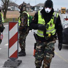 Iš Anglijos į Lietuvą grįžęs vyras teigia pergudravęs saviizoliacijos sistemą