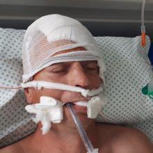 Šiauliuose rastas sužalotas vyras: policija prašo atpažinti