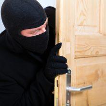 Šiauliuose iš buto buvo pavogta beveik 15 tūkst. eurų