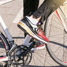 Vilniuje partrenktas nepilnametis dviratininkas: pareigūnai ieško eismo įvykio liudininkų