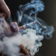 Eurobarometras: Lietuva nežymiai lenkia ES vidurkį pagal rūkančiųjų skaičių