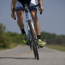 Panevėžyje per vairą persivertė staigiai stabdęs dviratininkas