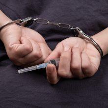 Kalėjimų departamentas: švirkštų dalijimas pataisos namuose būtų kraštutinė priemonė