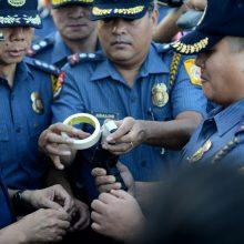 Filipinuose apvirtus sunkvežimiui žuvo mažiausiai devyni moksleiviai