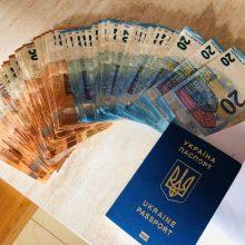 Ukrainiečiai įtariami nelegaliai gabenę darbuotojus į Lietuvą ir slėpę mokesčius