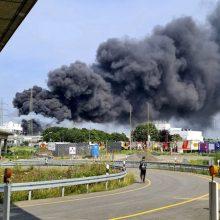 Sprogimo Vokietijos chemijos pramonės komplekse aukų padaugėjo iki šešių