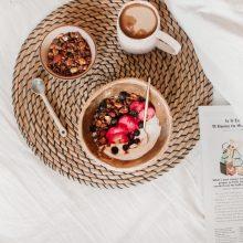 Savaitgalio rankdarbiai virtuvėje – granola: kaip pagaminti, su kuo valgyti?
