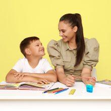 """Į mokyklą su """"Lidl"""" ir I. Mackevičiene: kodėl ji sūnų mokslo metams ruošia iš anksto"""