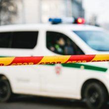 Bute Vilniuje rastas vyro kūnas su žaizda