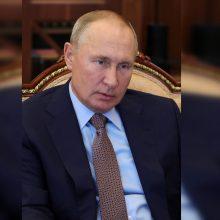 V. Putinas teigia, kad per kovas dėl Kalnų Karabacho žuvo beveik 5 tūkst. žmonių