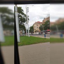 Vilniuje po susidūrimo su automobiliu į ligoninę išgabentas motociklininkas