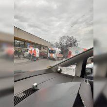 Prie Vilniaus autobusų stoties lėkė tarnybos: pranešta apie sužalotą vyrą