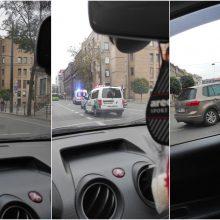 Avarija Kauno centre: į ligoninę išvežti du žmonės