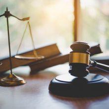 Latvijos teismas leido suimti šnipinėjimu Rusijai įtariamą deputatą