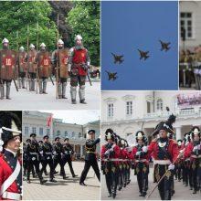 Mindaugo karūnavimo dieną – NATO naikintuvų skrydžiai ir  XIV a. Garbės  sargyba