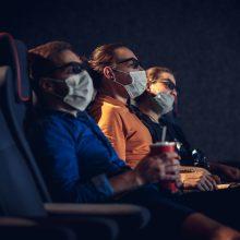 Praneša apie taisykles: į renginius, teatrus ir kino teatrus su bet kokia kauke neįleis