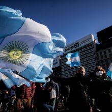 Argentina: Nepriklausomybės dieną šalyje vyko protesto akcijos prieš karantiną