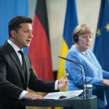V. Zelenskis: JAV turėtų aktyviau prisidėti prie Rytų Ukrainos konflikto sprendimo
