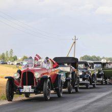 Rugpjūtį Biržuose – senovinių automobilių suvažiavimas