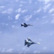 Praėjusią savaitę NATO naikintuvai 9 kartus kilo lydėti Rusijos orlaivių