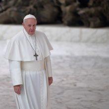 JAV viceprezidentas M. Penc`as perdavė popiežiui Pranciškui D. Trumpo sveikinimą