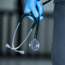 Ibicoje ekstazio tablečių prarijo mažametė: būklė kritinė