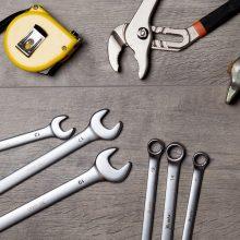 Šiaulių įmonėse įsisuko sukčius: apgaule nuomojosi darbo įrankius