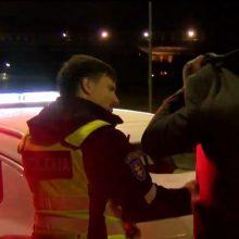 Vilniuje policijos sučiuptam vairuotojui teko skubiai kviestis taksi