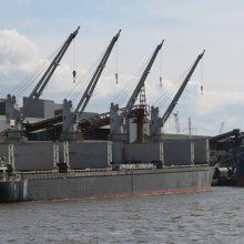 Regiono uostų krova ritasi žemyn