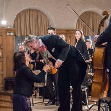 Jubiliejinių teatro metų vartai atsivėrė nuostabiai muzikai
