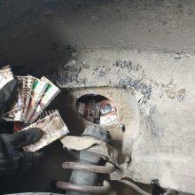 Baltarusio automobilyje – daugiau nei 1000 nelegalių cigarečių pakelių
