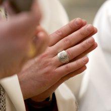 Po dvasininkų agitacijos per rinkimus – vyskupų priminimas