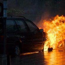 Šilalės rajone užsidegus automobiliui nukentėjo žmogus