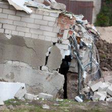 Kretingos rajone sugriuvo namas: viduje – žmonės
