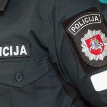 Policininku apsimetęs sukčius išviliojo 1,1 tūkst. eurų