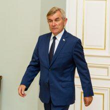 Valdantieji bandė V. Pranckiečio neišleisti į Armėniją