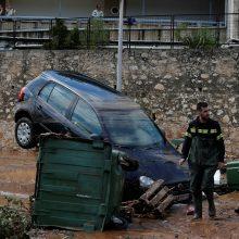 Atėnus po pražūtingų miškų gaisrų užklupo potvynis