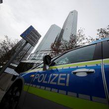 Frankfurte evakuoti šimtai žmonių, kad būtų nukenksminta bomba