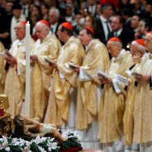 Popiežius Pranciškus pasmerkė godumą ir vartotojiškumą