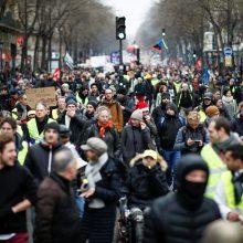 Prancūzijos profsąjungos po mėnesio streikų nenusiteikusios nuleisti rankų