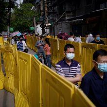 Kinų ekspertas perspėja apie galimą antrąją koronaviruso bangą