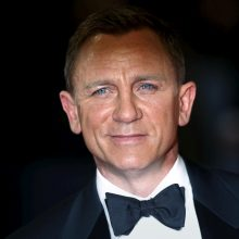 Naujo filmo apie Dž. Bondą premjera: neabejingi liko ir karališkosios šeimos nariai