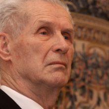 Premjerė ir kultūros ministras sveikina 90-ąjį jubiliejų minintį K. N. Kitkauską