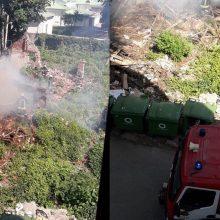 Skaitytoja praneša: miesto centre dega apleistas pastatas