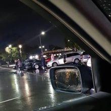 Prie Kauno pilies apgadinti du automobiliai