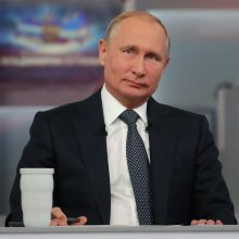 J. Ušakovas: Estijos prezidentė kviečia V. Putiną į finougrų tautų suvažiavimą Tartu