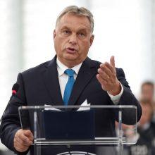 V. Orbanas: ES grasinimas sankcijomis Vengrijai pavojaus nekelia